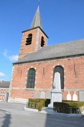Grandrieu - Eglise et monument aux morts