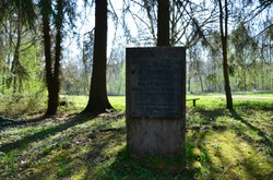 Rance - Monument du Bois Massart